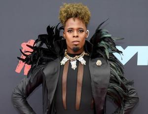 Los looks más extravagantes de los premios MTV 2019