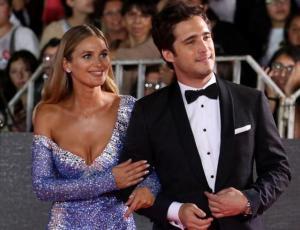 Periodista que confirmó romance de Mayte Rodríguez y Diego Boneta insinúa que esperan un hijo