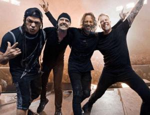 Baterista de Metallica se convirtió en padrino de una niña chilena