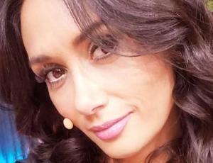 La divertida caída que sufrió Pamela Díaz en el aeropuerto