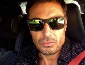 "Giancarlo Petaccia ""chochea"" con su hijo"