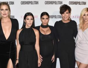Las Kardashian se lucen como ángeles de Victoria's Secret