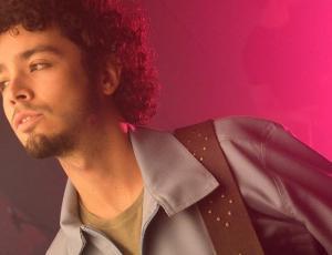 """Actor Rodrigo Walker estrenó """"Me verás volver"""", un homenaje a Gustavo Cerati y Soda Stereo"""
