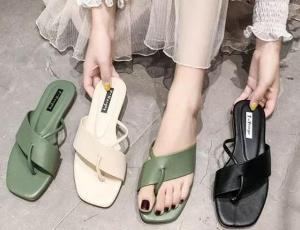¡Alarma fashionista! Los zapatos punta cuadrada regresan