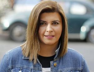 Acusan a Scarleth Cárdenas de maltrato laboral: periodista se defiende