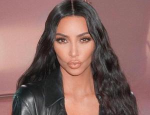 El truco casero de Kim Kardashian para contrarrestar su psoriasis