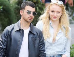 Dan a conocer los detalles de la boda de Joe Jonas y Sophie Turner