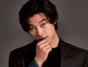 Actor Woo Do Hwan anunció que se enlistará para su servicio militar