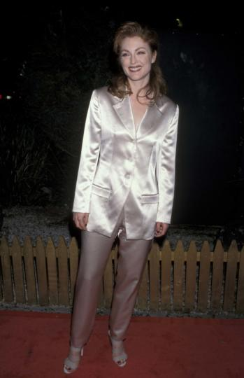 Julianne Moore, de 35 años, en los premios Annual Breakthrough en 1995.