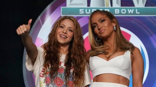 Shakira y JLo: ¿El show de medio tiempo más polémico?