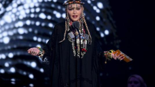Homenaje de Madonna a Aretha Franklin en los VMA's no convenció