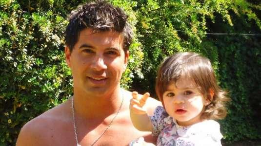 Mario Velasco recibe comentarios por increíble parecido con su hija Julieta