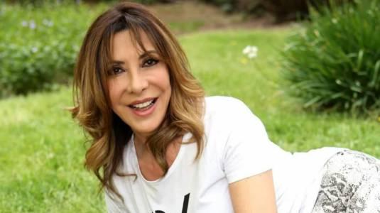 """Cristina Tocco muestra cómo quedó su pelo tras curioso """"tratamiento"""""""