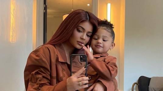 Kylie Jenner celebra el cumpleaños de Stormi con lujosa fiesta