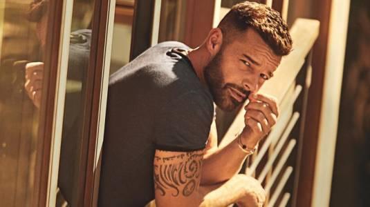 El radical cambio de look de Ricky Martin que estalló la web