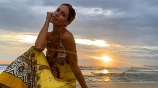 "Gala Caldirola cautiva con ""matchy matchy"" de bikinis junto a su hija"