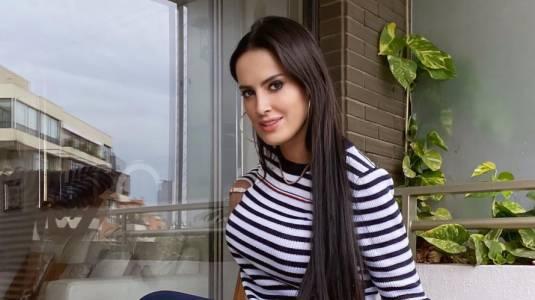 Adriana Barrientos llora en redes al referirse a polémica con Joche Bibbó