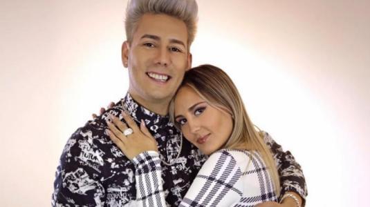 Dash y Mari Almazábar anuncian matrimonio en redes sociales