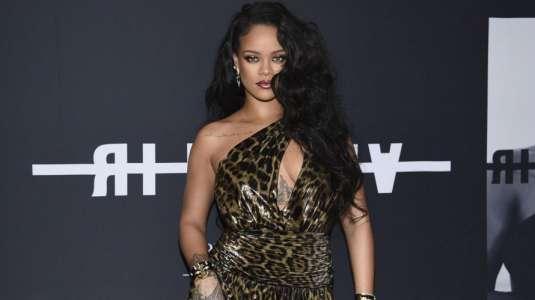 Rihanna luce tendencia en el lanzamiento de su colección Savage x Fenty