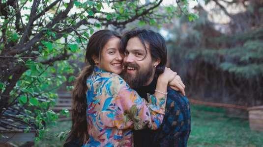 Camilo Zicavo y Denise Rosenthal comparten romántica foto al despertar
