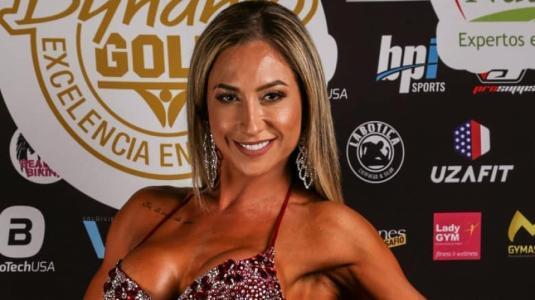 Nicole Moreno se desnuda por el estallido social