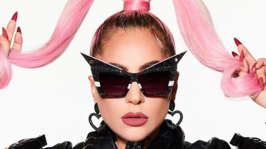 """Lady Gaga anuncia su regreso con """"Stupid Love"""""""