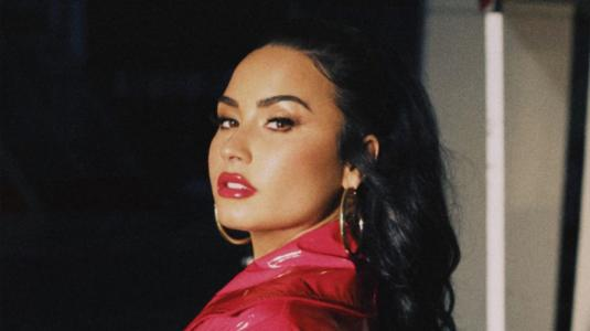 "Demi Lovato se enfrenta a sus demonios en video de ""I love me"""