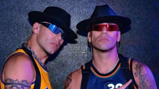 Los Power Peralta son criticados por foto junto a Noah