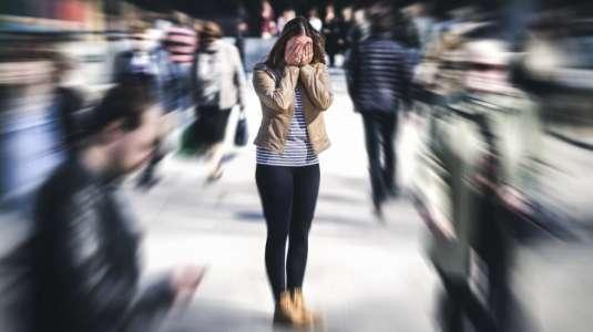 ¿Tu ánimo está por el suelo? Detecta y controla las crisis de angustia