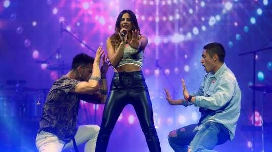 Daniela Castillo muestra su hogar en nuevo videoclip