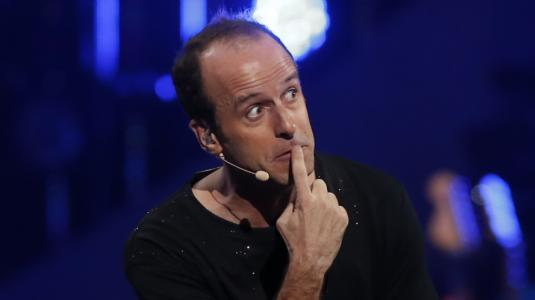 Risa de Pancho Saavedra se roba el show de Stefan Kramer