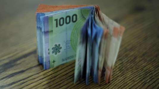 ¿Cuánto tiempo permanece el coronavirus en monedas y billetes?