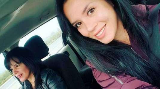 Angie Alvarado muestra a su hermana adolescente