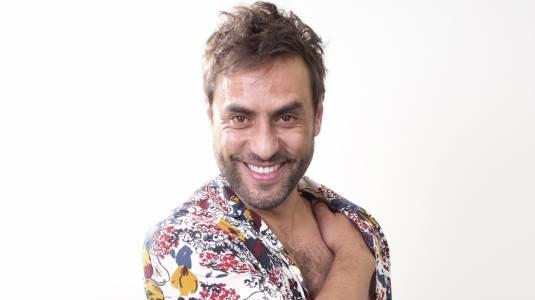 """Álvaro Gómez regresa a las teleseries como """"George Clooney"""""""