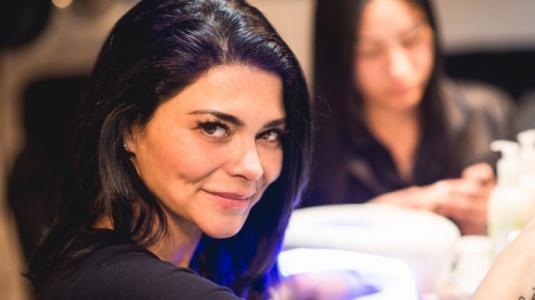 Antonella Ríos rompe en llanto con predicción de Kenita Larraín