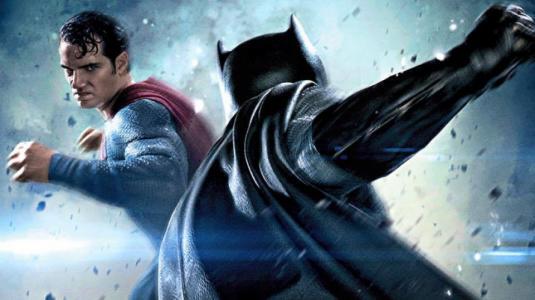 """10 cosas que no sabías de """"Batman vs. Superman: El Origen de la Justicia"""""""