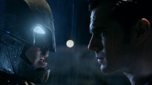 """Revelan impactante adelanto de """"Batman vs. Superman: El Origen de la Justicia"""""""