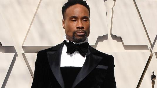 ¡Al estilo de Di Mondo! Actor impacta en los Oscar con extravagante traje