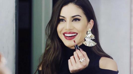 Famosa bloguera brasileña marca tendencia en la NYFW