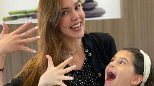 Carolina Mestrovic muestra el cumpleaños virtual de su hija con Mario Velasco