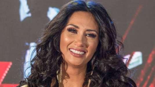 Pamela Díaz enternece la web bailando con Pascuala y mostrando el ombligo