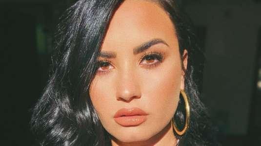 Demi Lovato comparte acaloradas fotos junto a su nuevo novio