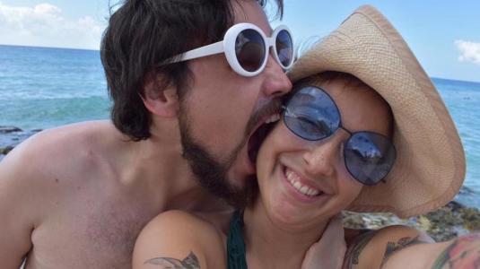 Las vacaciones familiares de Denise Rosenthal, Camila Vallejo y los cantantes de la Moral Distraída