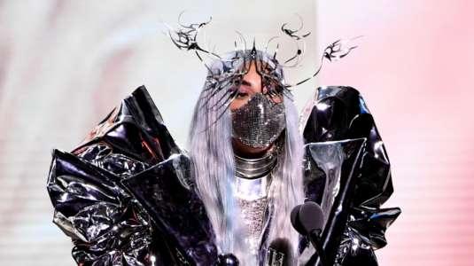 Lady Gaga: la reina de las mascarillas en los VMA's 2020