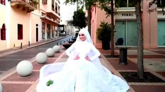 Novia ve interrumpida su sesión de fotos por explosión en Beirut