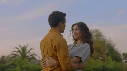 Loreto Aravena y Renato Jofré hacen de pareja de fantasmas en nuevo videoclip