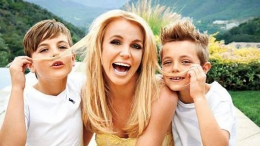 ¡Britney Spears muestra lo grande que están sus hijos!