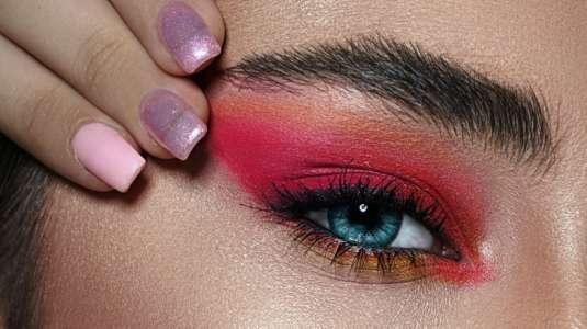 """""""Fox Eyes"""": la nueva moda de belleza que algunos tachan de racista"""