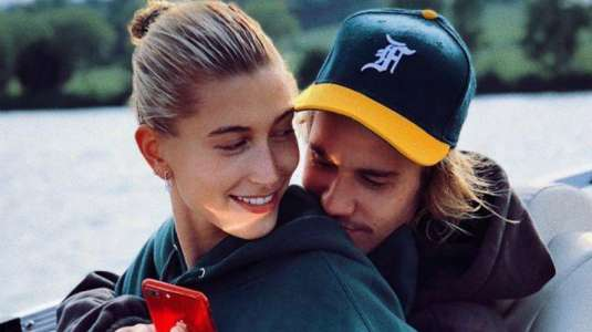Hailey Bieber escapa de Justin y se va a italia con Bella Hadid