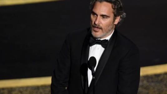 Las reacciones que dejó el triunfo de Joaquín Phoenix en los Oscar